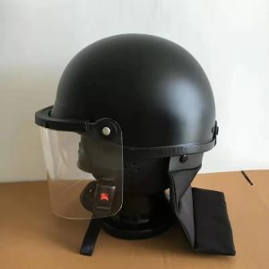 Anti riot helmet / headgear